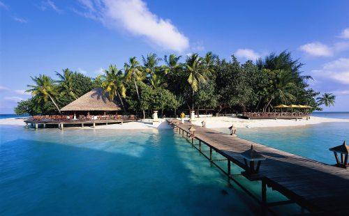Vacanță în Maldive, Male, Hotel Holiday Island Resort