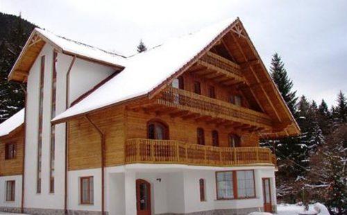 Vacanță la munte în România, Casa Schmidt