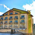 Odihnă la munte în Ucraina, Bukovel, Hotel Тавель