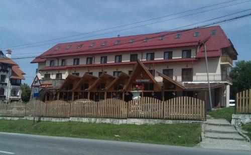 Vacanță la munte în România, Moeciu, Hanul Bran