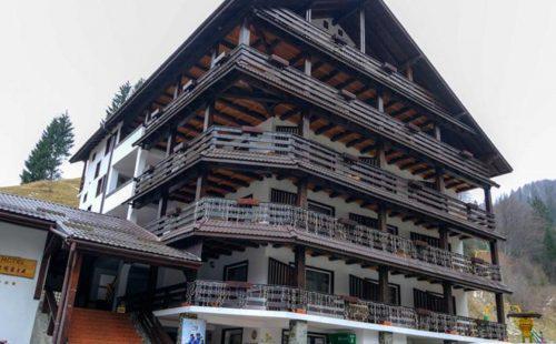 Odihnă la munte în România, Hotel Cheia