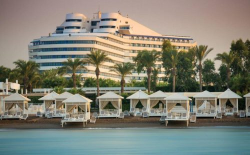 Odihnă în Antalya, Turcia, Hotel Titanic Beach Resort Lara