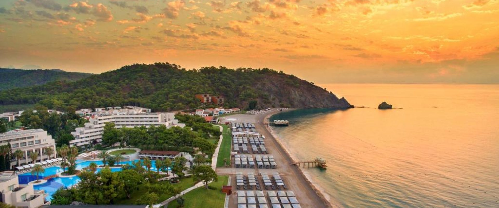 Turiștii moldoveni se odihnesc deja în Turcia. Detalii despre vacanța din Antalya.