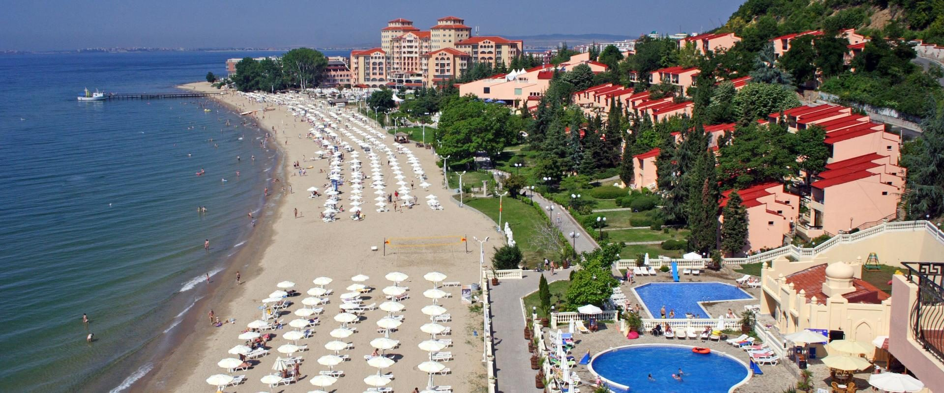 Bulgaria deschide sezonul turistic estival la 1 mai 2021